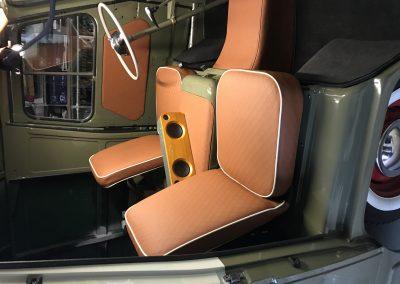 Austin Oldtimer alle panelen en stoelen zijn voorzien van Kunstleer van Winter
