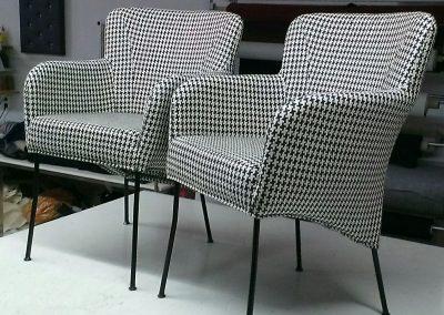 2 stoelen Gestoffeerd met Designers guild Stof